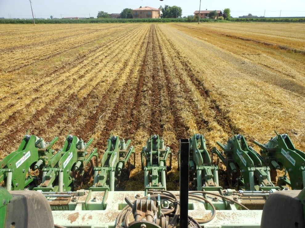 Terrains tilled with Strip Hawk Easy